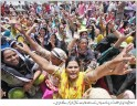 Lady-Health-workers-protesting-in-front-of-Parliament-Daily-Aajkal-4-June-2010-550x426